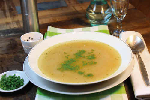 """Faule Weiber""-Suppe"